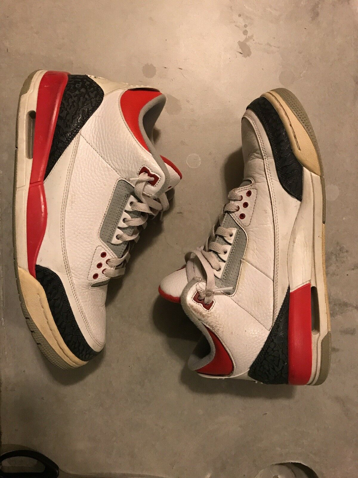 The most popular shoes for men and women Nike Air Jordan Retro III 3 White Fire Red Cement Grey Comfortable