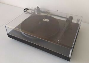 Pro-Ject Debut III Turntable With Ortofon OMB 5E Cartridge