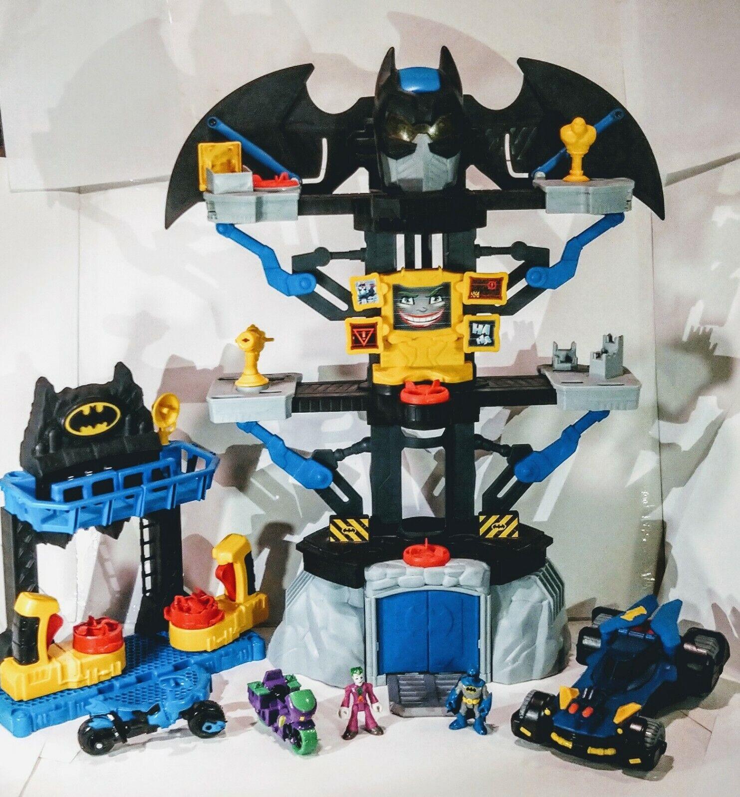 Imaginext Batuomo Transforming Batcave DC Super Friends Fisher Price