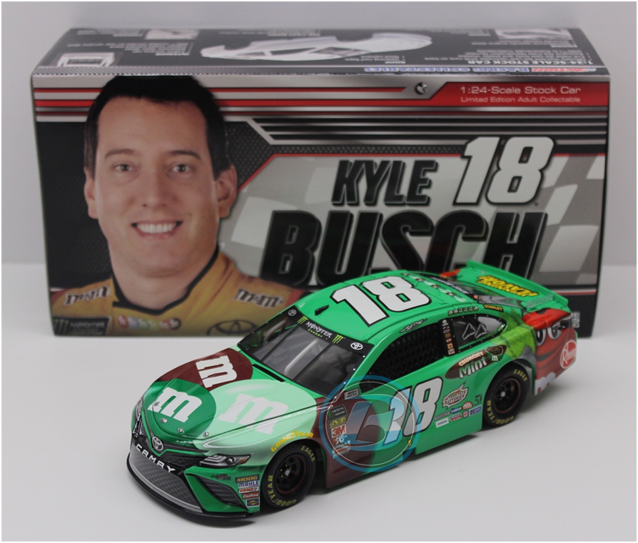 NASCAR 2018 KYLE BUSCH #18 GREEN M&MS FAN FLAVOR VOTE WINNER 1/24 CAR
