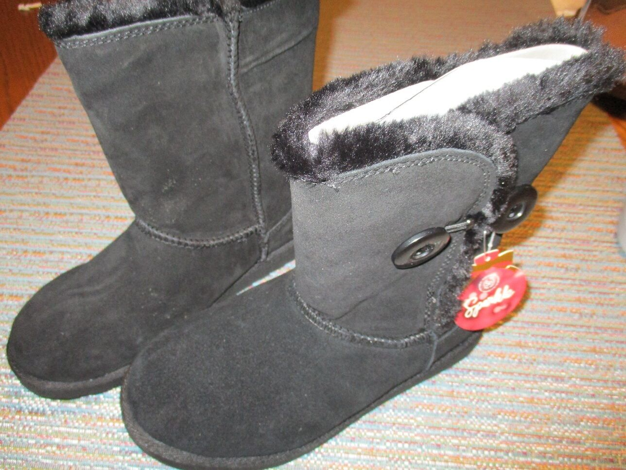 SO Suede Black Size 6 Pull On Ankle Boot SR NEW