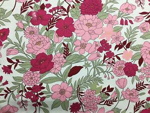 """4 metros Crema y Rosa Flores /""""Lilly/"""" Estampado Floral 100/% Algodón Popelín de tela."""