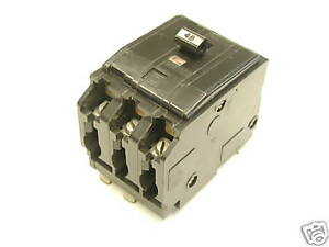 Square D QO 340 3 Pole 40A Amp Circuit Breaker - Used