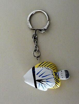 100% QualitäT Schlüsselanhänger Fisch Weiß Schwarz Blau Gelb Ca 4 Cm Mit ( Falterfisch ? )