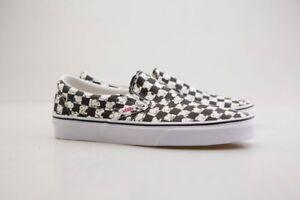 a8158fa6fad VN08F7QQO Vans x Peanuts Men Classic Slip-On - Snoopy black checker ...