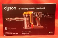 Dyson DC34 Bagless Cordless Hand Vacuum. Fast Free Shipping