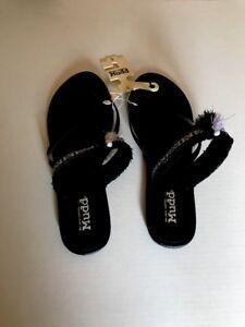 MUDD Sandals Flip Flops Black