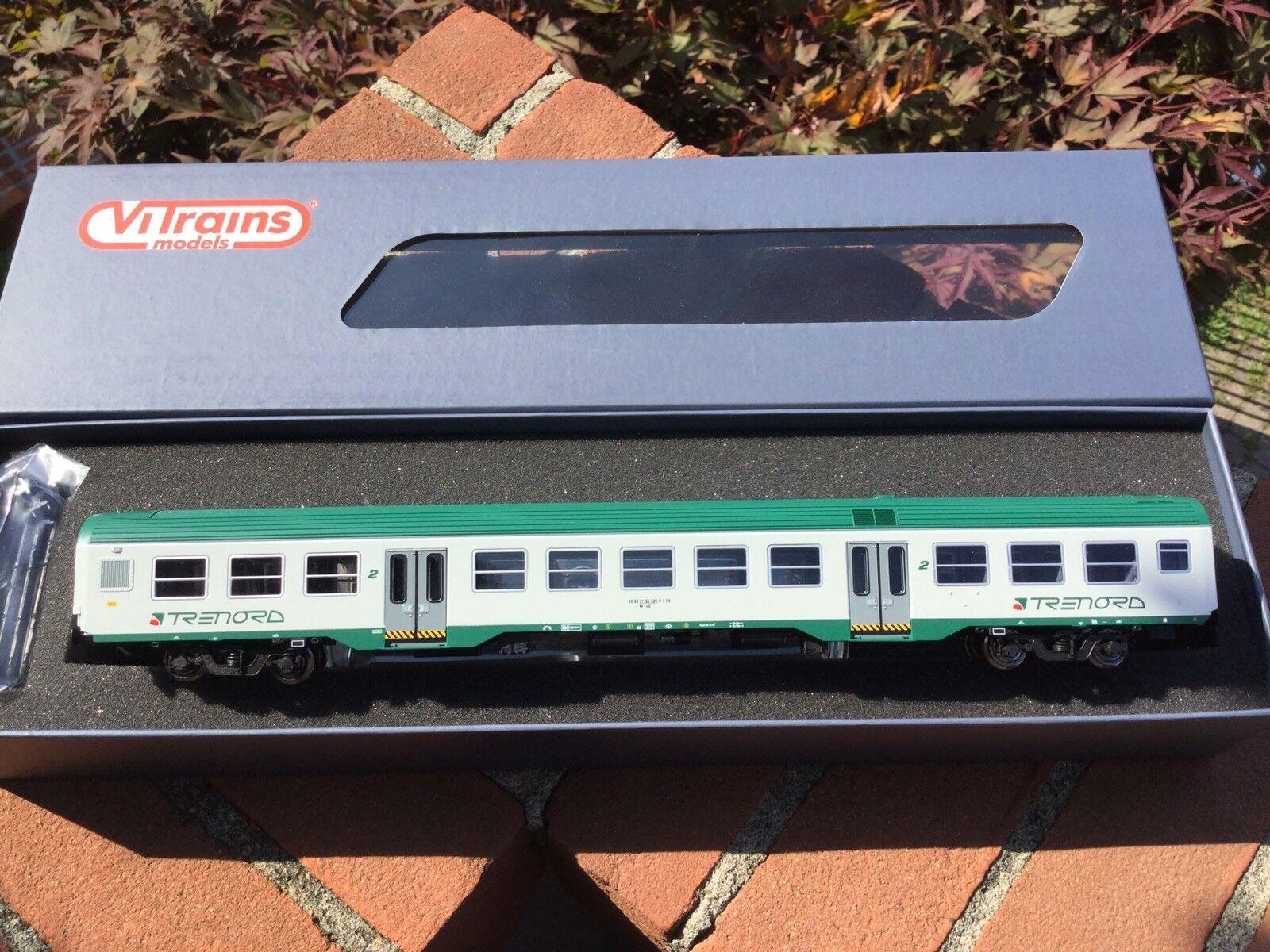 VITRAINS 3104 Carrozza MDVC  livrea TRENORD 2 Classe