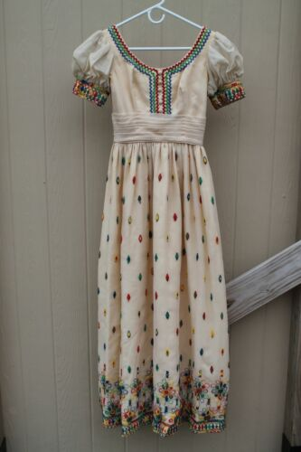 Vintage 40s/50s Lord & Taylor Intricately embroide