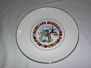 VINTAGE 1960-70S HOLLAND MICHIGAN WINDMILL TULIP SOUVENIR PLATE