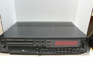 Tascam-CD-RW900MKII-Professional-CD-Recorder-Player-w-Remote-Manual-Cables-CDRWs