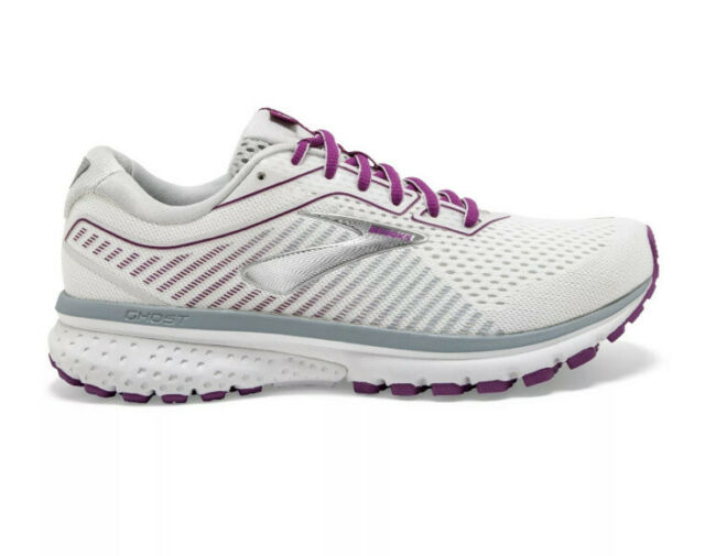 womens size 12 athletic shoes