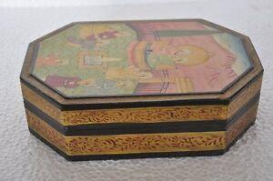 Fine-Finished-King-amp-Servants-Picture-Unique-Shape-Wooden-Handpainted-Box
