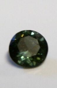 AUSTRALIAN-GREEN-SAPPHIRE-GEMSTONE-0-69-CARAT