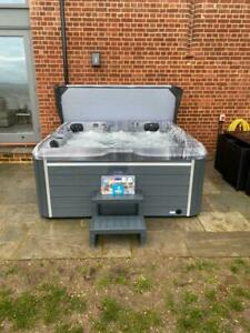 THE-LUNA-5-Person-Hot-Tub-With-Balboa-Control-System-75-JETS-2-LOUNGERS