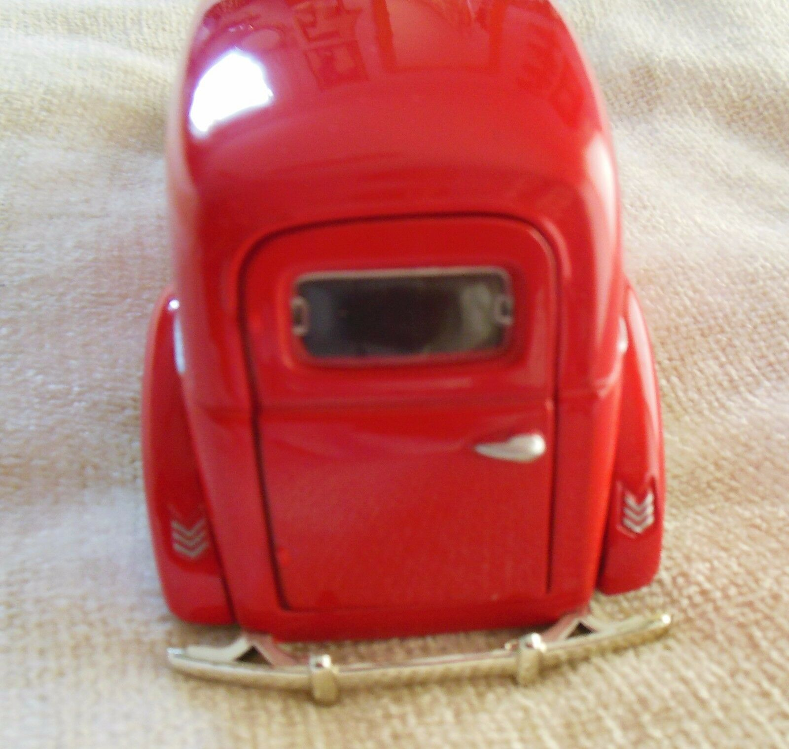 1940 Ford Sedan Delivery 1 24 scale die-cast Flames Flames Flames 66c867