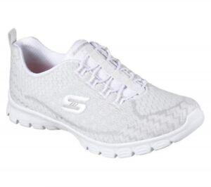 zapatos deportivos skechers de mujer blancas