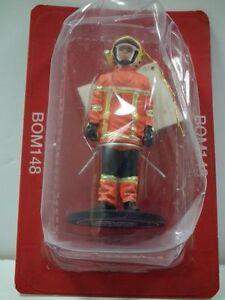 Del Prado 1/32 Figure Fireman firedress - Vandee - France 2010 BOM148