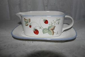 SAVOIR-VIVRE-Luscious-Gravy-Boat-with-Under-Plate-MADE-IN-THAILAND-JJ017