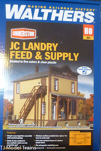Walthers-HO-933-3662-JC-Landry-Feed-amp-Supply-Building-Kit