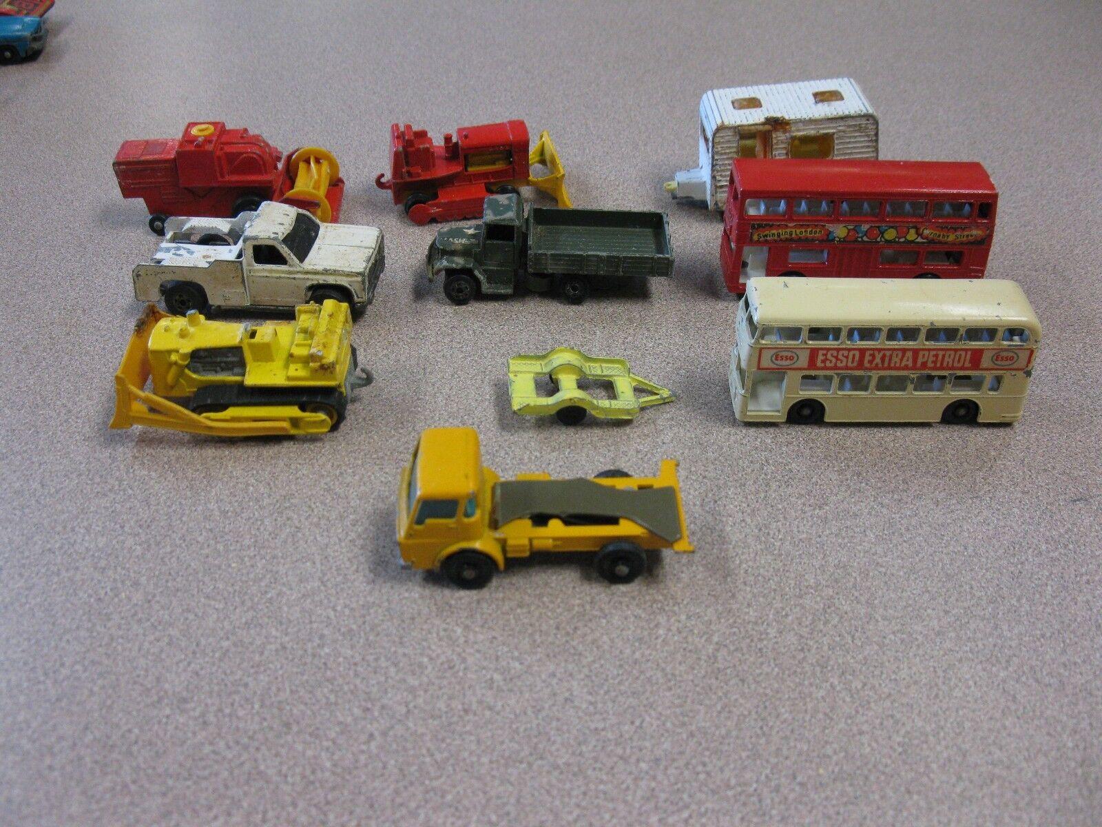 VINTAGE METAL CAR  LOT OF 10 CARS.