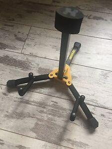 Hercules-Mini-Guitare-electrique-ou-basse-Support-NEUF