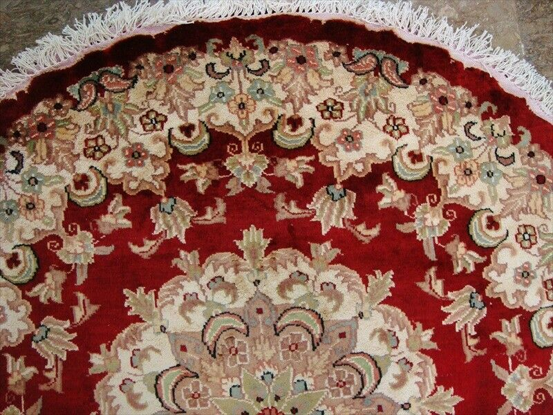 Round Red Lovely Medallion Floral Hand Knotted Rug Wool