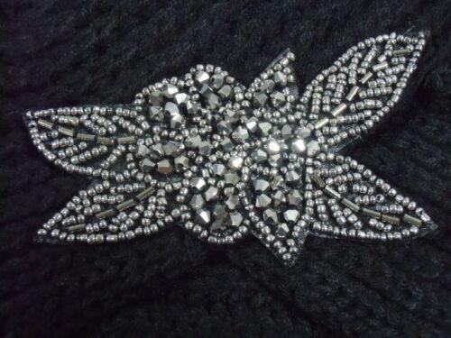 Bonnet turban noir rétro vintage années folles finition perles argentées maille