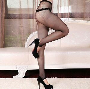 Fuseau-collants-trou-talon-sexy-resilles-fishnet-noires-retro-pinup