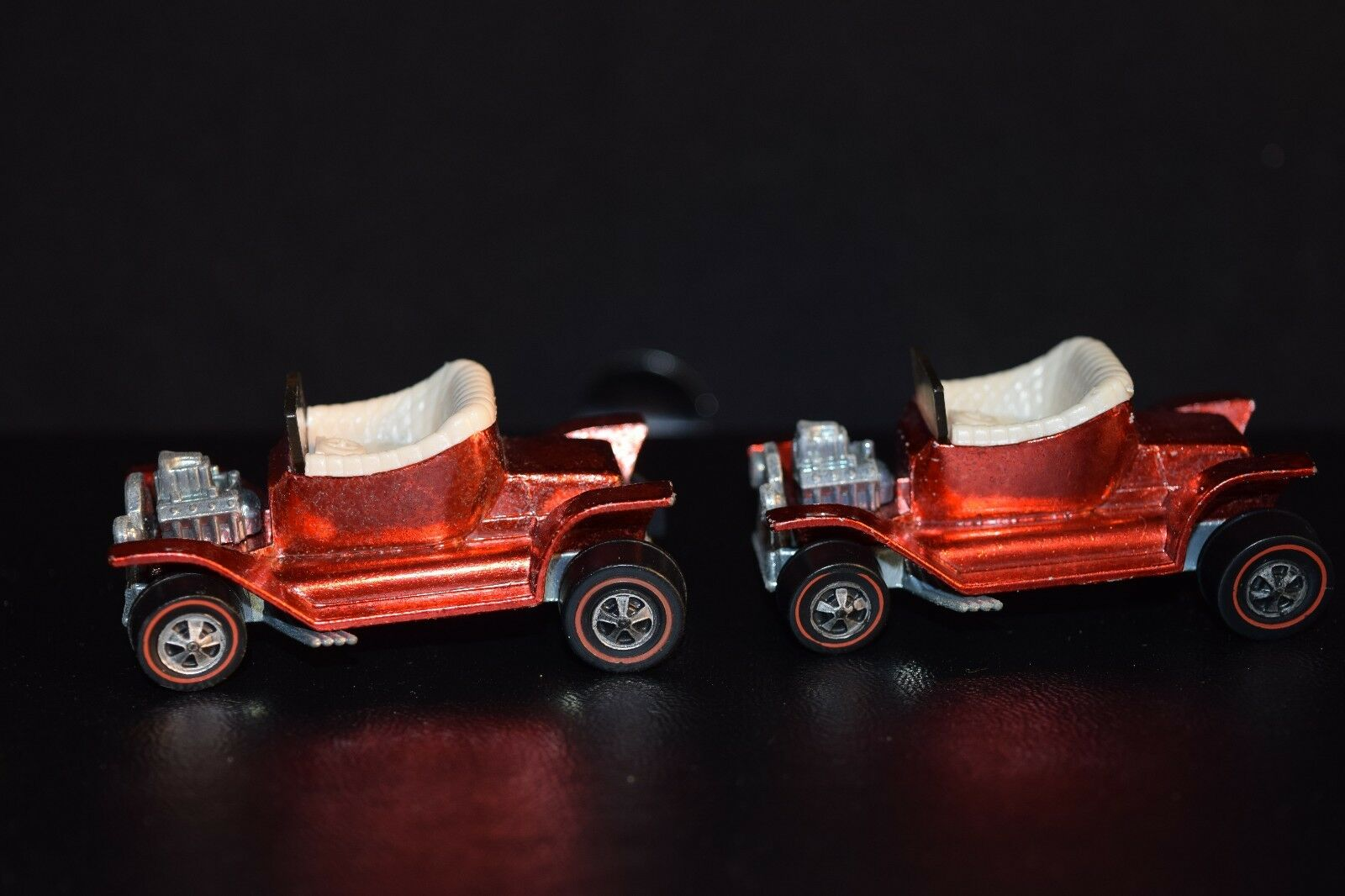 2 Hot Wheels rougeline Hot Heap Orange rouge Minty Pair