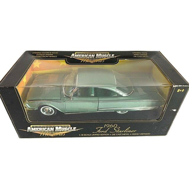 #32297 American Muscle Memories Pale Green 1960 Ford Starliner Die Cast 1:18