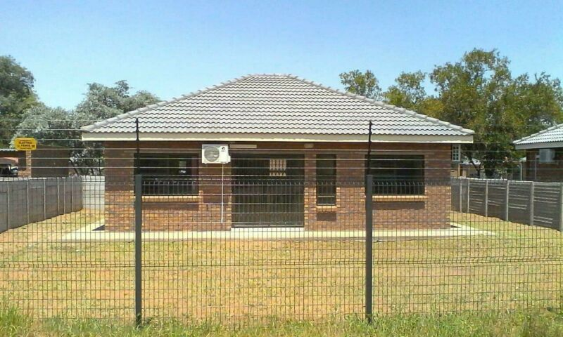 4 x Bedroom houses for rent