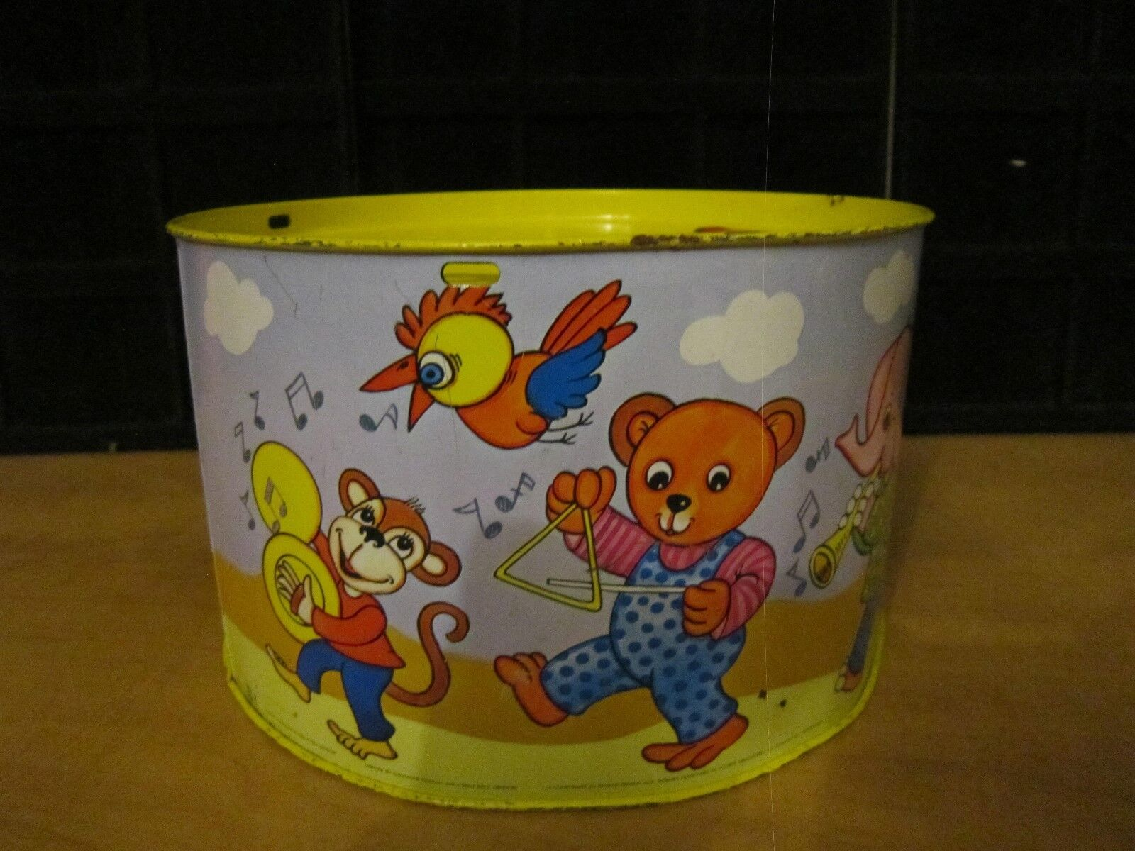 Vintage 'RARE  Tin Toy Drum/ L.B.Z. W. Germany Import Eatons European Collection