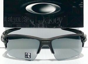 cb522cd956a NEW  Oakley FLAK JACKET 2.0 Matte Black POLARIZED Black Iridium XL ...