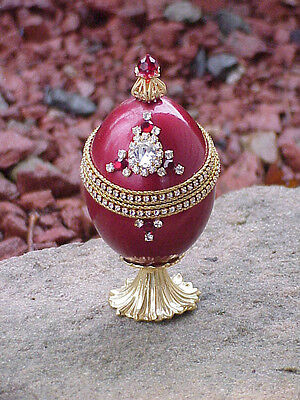 REAL Decorated Carved Duck Egg Engagement Ring Royal Gift Box Collectible Red