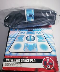 Game Stop Universal Dance Pad for WII, PS2, XBOX & Gamecube DDR New(damaged box)