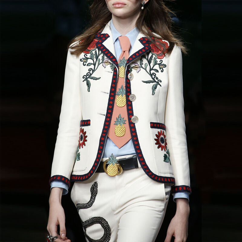 2019 New Occident Fashion Runway  Occident Womens Slim Embroidery White coats