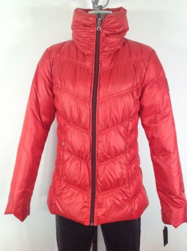 M GUESS New WT Cherry Red Modern Multi Quilt Women/'s Down Jacket size S