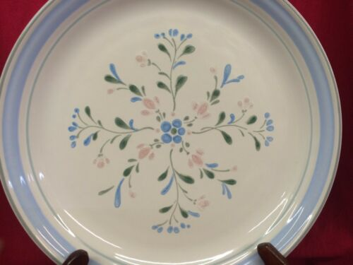 Fascino by Yamaka Stoneware Hand Crafted In Japan Dinner Plate