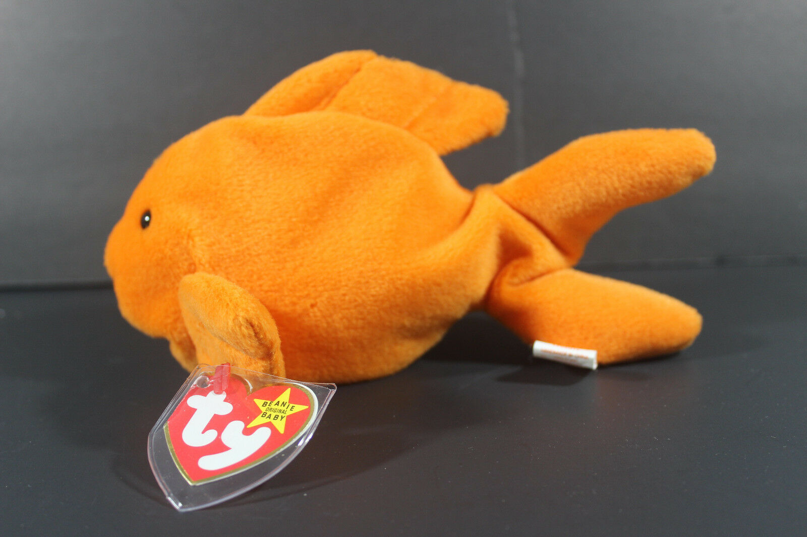 goldIE™ THE goldFISH TY™ Beanie Baby 1994 Retired errors PVC pellets 4023