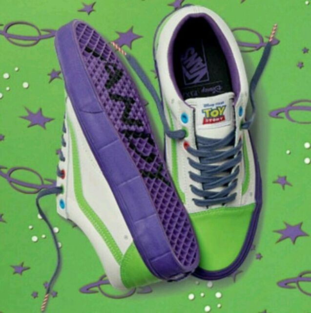 ebae996bff Vans Disney Pixar Old Skool Toy Story Limited Buzz LightYear ON HAND Size 9  MEN