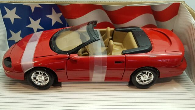 1 18 Ertl American Muscle 1996 Chevrolet Camaro Z28 Convertible Bright Red Yd