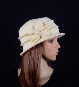 M495 Cream Women s Cute Flower Wool Acrylic Winter Beanie Hat Cloche ... 5d768513693c