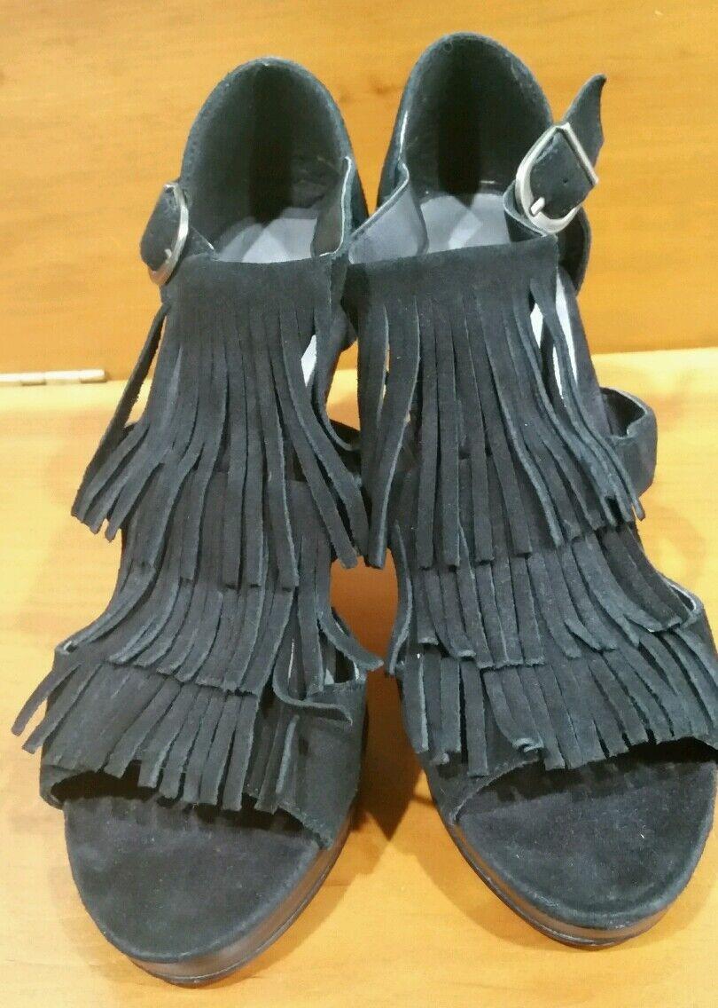 steve Madden Pracila Black leather suede fringe sandals high heels sz. 7
