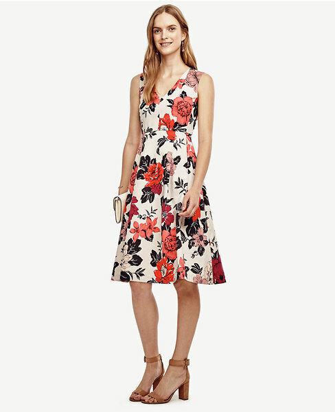 Vestido floral de la llamarada  Ann Taylor Mer mezcla de algodón, MultiColor Tamaño 12P Nuevo con etiquetas  Ahorre 60% de descuento y envío rápido a todo el mundo.
