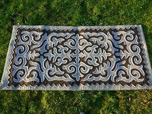 1-90-x-0-90m-Filz-Teppich-Shirdak-Schirdak-Shyrdak-Kirgistan-tappeto-rug-Kilim