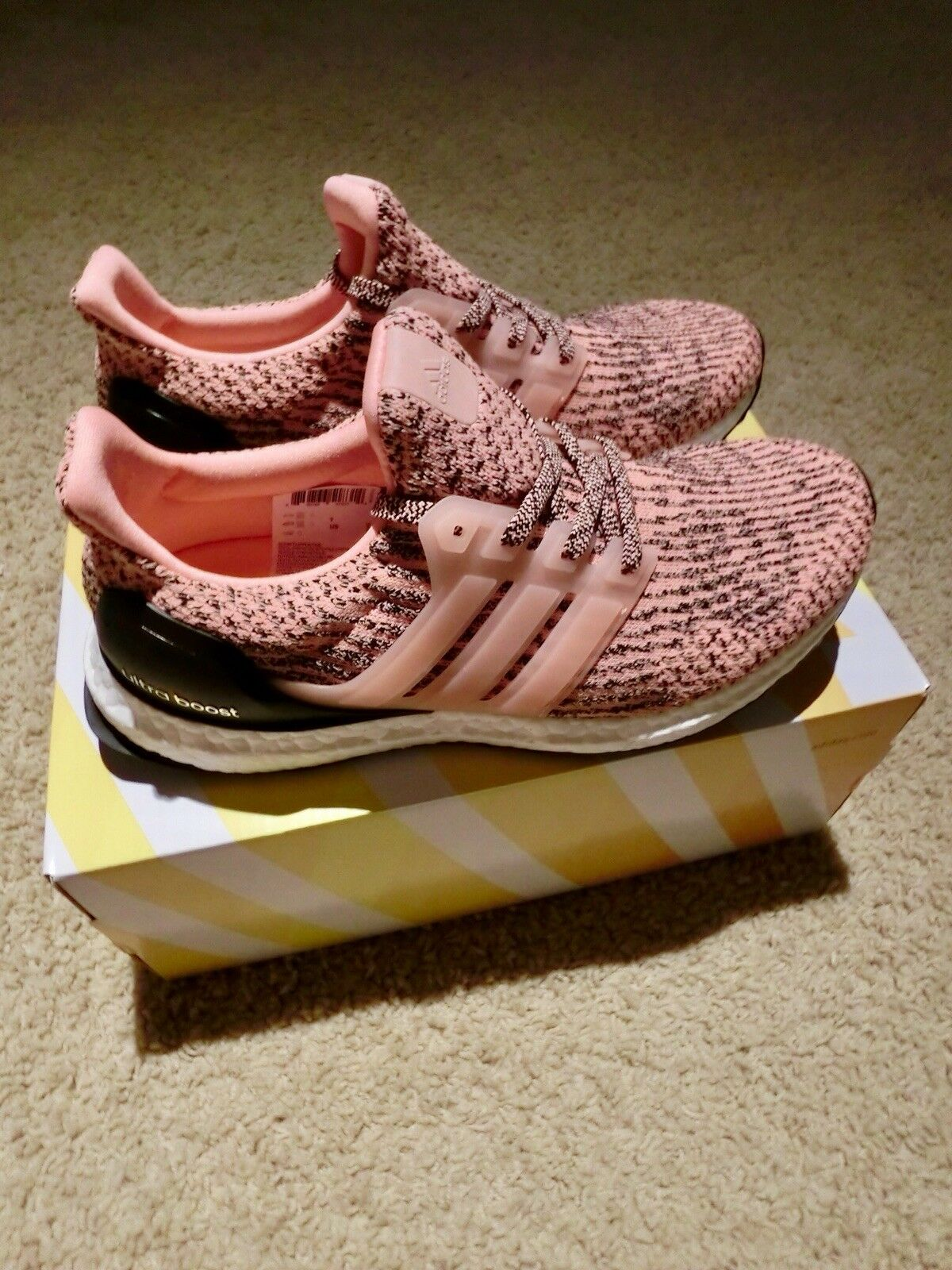 Adidas Womens Ultra Boost Salmon Pink Still Breeze S80686 US US US 7 LIMITED aa378c