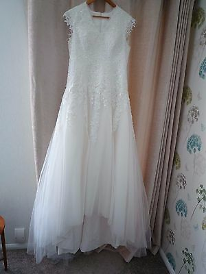 Plus size White Lace & Tulle Wedding Dress Large Kent
