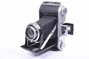Selfix-820-Folding-Camera-by-Ensign-with-ross-xpres-london-f3-8-105mm