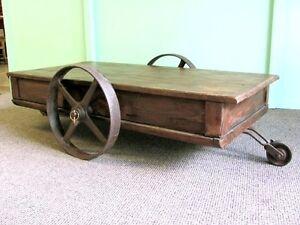 alte lore couchtisch industriedesign eisen tisch metall loft m bel rollen ebay. Black Bedroom Furniture Sets. Home Design Ideas